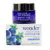 wonder blueberry day cream packaging
